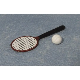 Tenisová raketa a míček