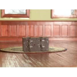 Hnědy kožený kufr