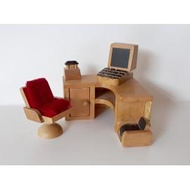 Rohový PC stůl 8,7 x 9,5 cm, křeslo