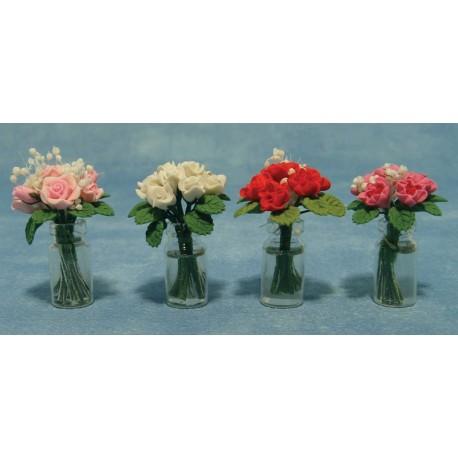 Růže ve skleněné váze